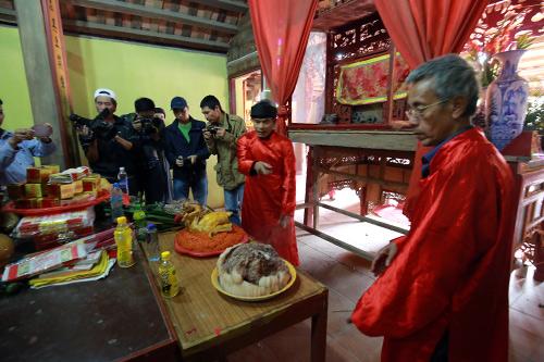 hoi lang nem thuong: khong con canh chem lon o san dinh - 14