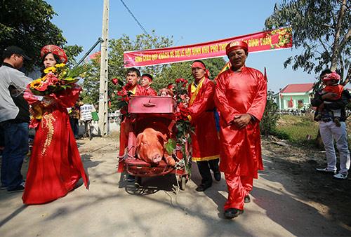 hoi lang nem thuong: khong con canh chem lon o san dinh - 2