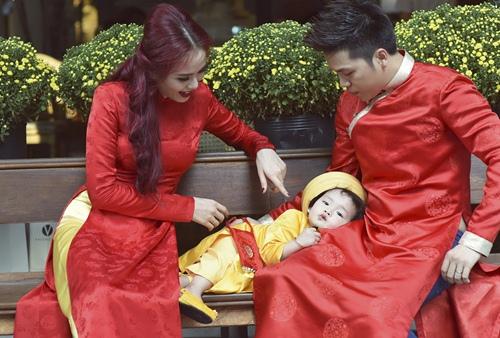 vo chong diem huong lam nhan vat phu de con trai toa sang - 1