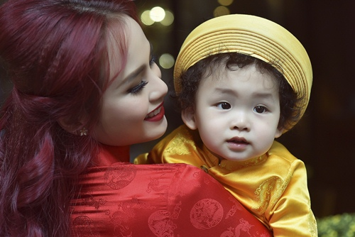 vo chong diem huong lam nhan vat phu de con trai toa sang - 2