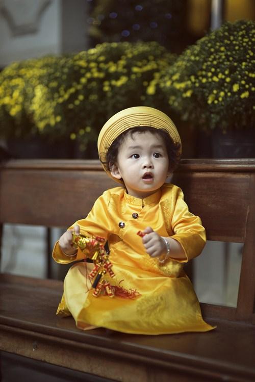 vo chong diem huong lam nhan vat phu de con trai toa sang - 8