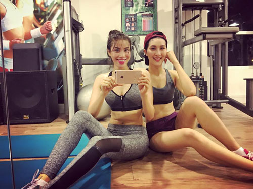 pham huong khoe body nuot na trong phong gym sau tet - 2