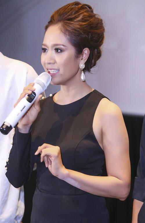 angela phuong trinh khien thanh thuy bi soc tren phim truong - 6
