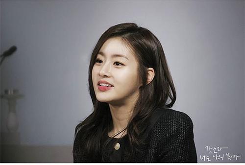ba xa bae yong joon khoe lung tran goi cam - 12