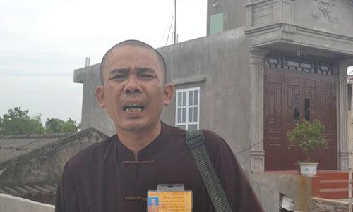 """hanh tung bat thuong cua """"nha su"""" di ban huong - 3"""