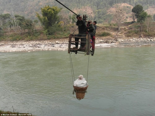 thot tim tre nepal du day qua song de den truong - 4