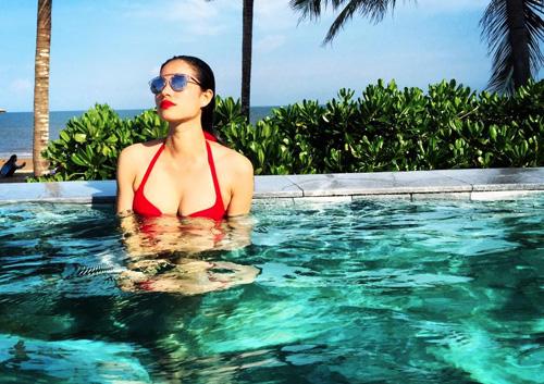 nhung tam hinh bikini don tim may rau cua pham huong - 14