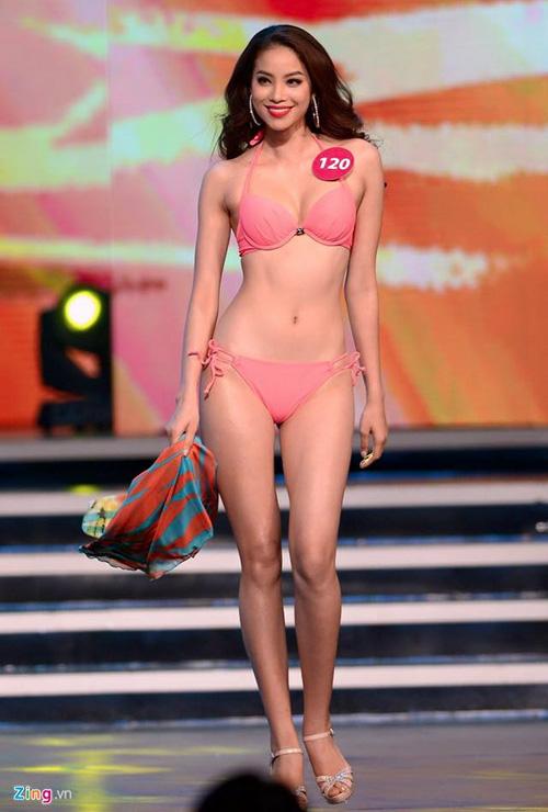 nhung tam hinh bikini don tim may rau cua pham huong - 10