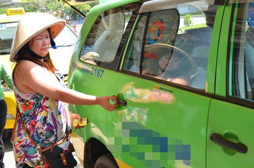 tp hcm: nhieu hang taxi giam cuoc 500-700 dong/km - 1