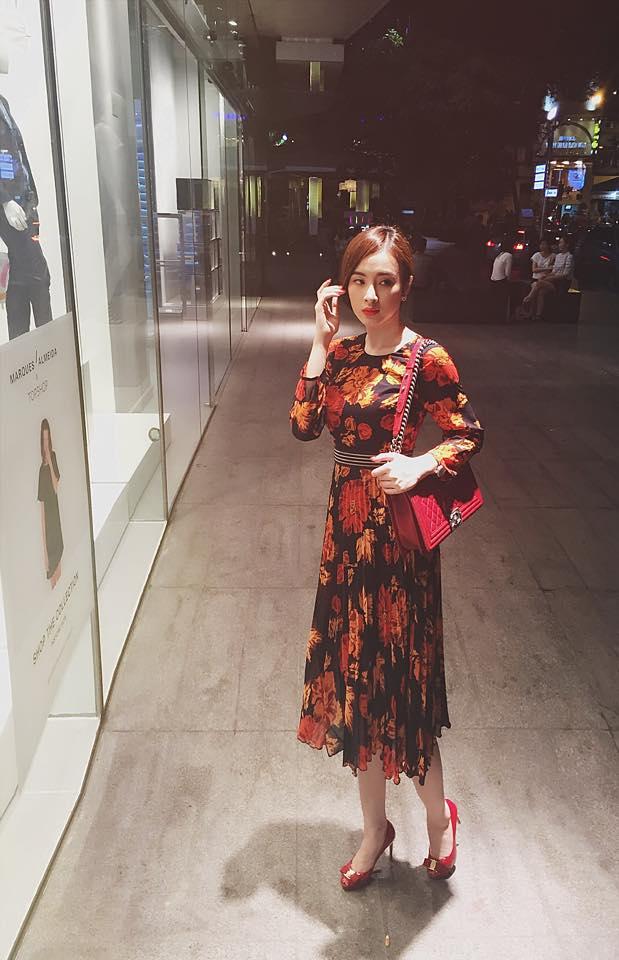 angela phuong trinh duoc khen dep hon khi khong mac ho - 5