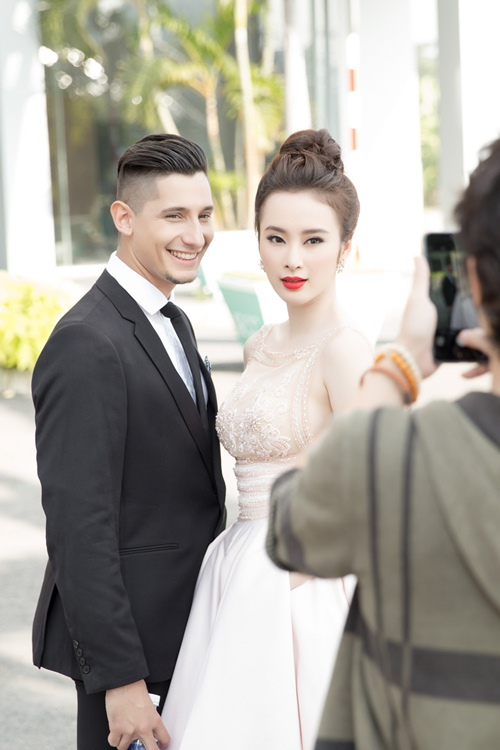 "angela phuong trinh hanh phuc vi khong con bi ""nem da"" - 10"