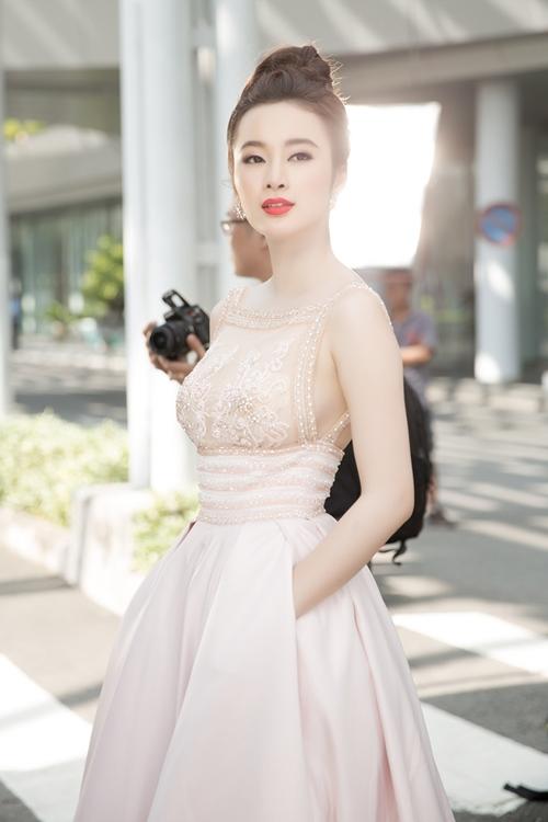 "angela phuong trinh hanh phuc vi khong con bi ""nem da"" - 2"