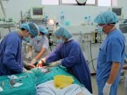 """Tin tức - Ngày thầy thuốc VN: Cán bộ y tế, bác sĩ kể kỷ niệm """"nhớ đời"""""""