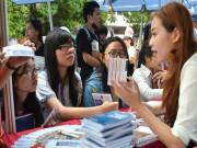 Tin nóng trong ngày - Hàng ngàn học sinh tham dự tư vấn tuyển sinh 2016