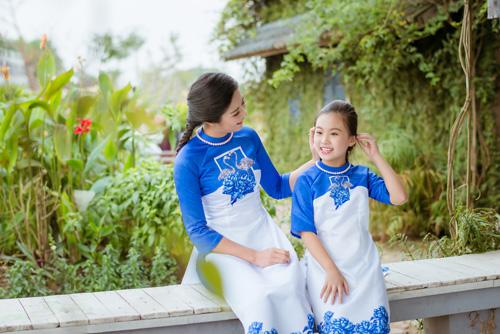 "hoa hau ngoc han dien ao dai doi cung ""con gai nuoi"" - 4"