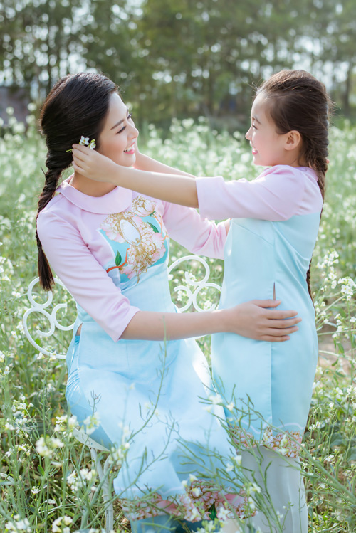 "hoa hau ngoc han dien ao dai doi cung ""con gai nuoi"" - 12"