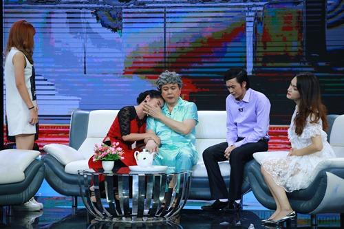 """huong giang idol khang dinh """"co thai"""" voi hoai linh tren truyen hinh - 3"""