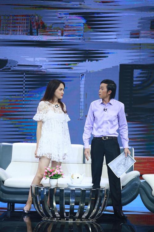 """huong giang idol khang dinh """"co thai"""" voi hoai linh tren truyen hinh - 1"""