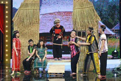 """huong giang idol khang dinh """"co thai"""" voi hoai linh tren truyen hinh - 13"""