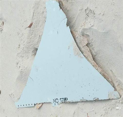 phat hien manh vo nghi cua mh370 o mozambique - 2