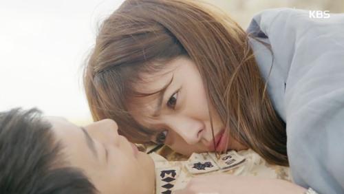 song hye kyo bi lua om ap song joong ki - 1