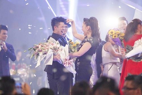 """vietnam idol """"lan banh"""" di tim nguoi ke nhiem trong hieu - 1"""
