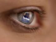 Tin tức - Cha mẹ 'khoe' ảnh con lên Facebook có thể bị phạt tù 1 năm