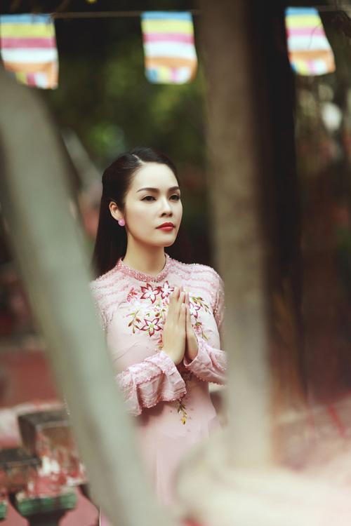 """duong cam lynh: """"ao dai la niem tu hao trong nhung nam du hoc"""" - 4"""