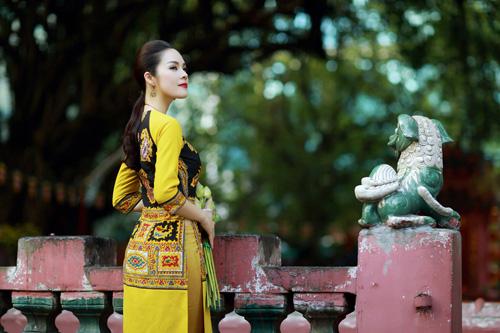 """duong cam lynh: """"ao dai la niem tu hao trong nhung nam du hoc"""" - 3"""
