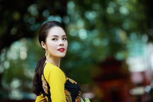 """duong cam lynh: """"ao dai la niem tu hao trong nhung nam du hoc"""" - 2"""