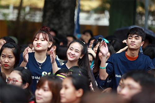 hang ngan ban tre doi mua huong ung gio trai dat 2016 - 7