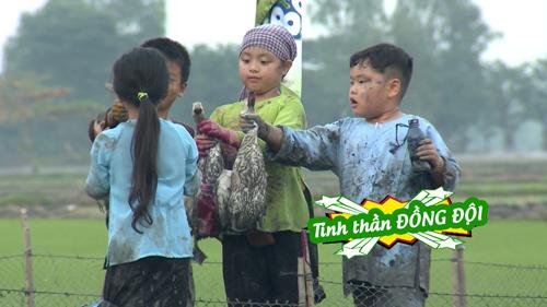 tap 39 bo oi mua 2: con gai manh truong duoc 'ban trai' chu dong nam tay - 3