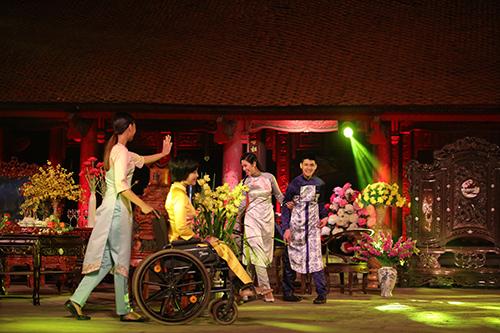 ngoc han trinh dien ao dai cung nguoi khuyet tat - 4