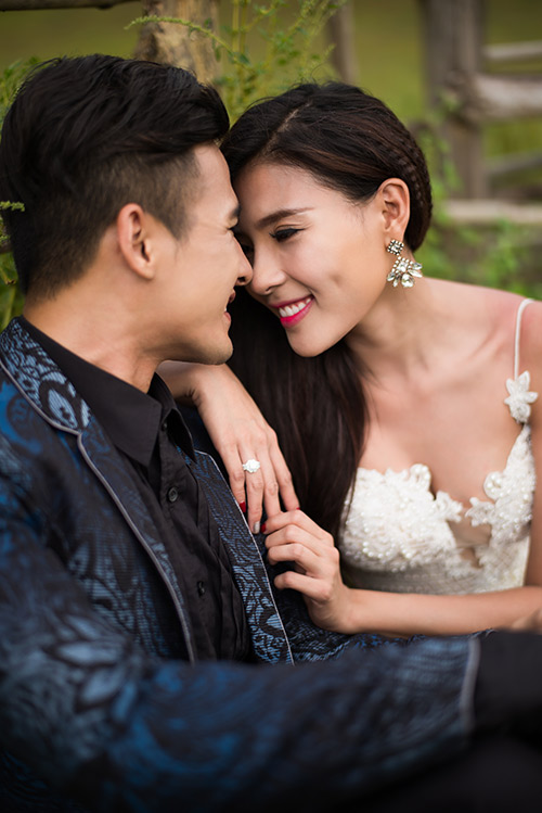 thuy diem goi cam hut hon ben luong the thanh trong anh cuoi - 1