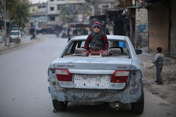 """dau thuong canh 25 van tre em syria """"cho ngay chet"""" - 6"""