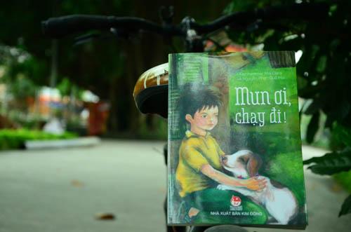 """""""mun oi, chay di!"""": cau chuyen xuc dong ve nguoi ban nho bon chan - 1"""