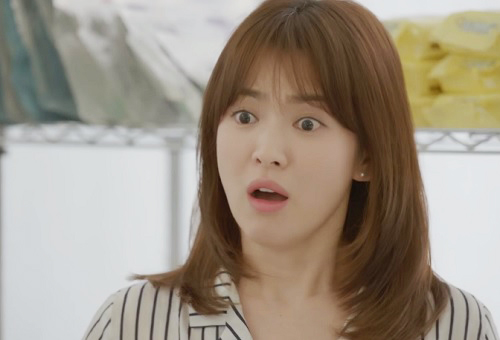 "che song joong ki ""qua nguy hiem"", song hye kyo tu choi loi to tinh - 4"