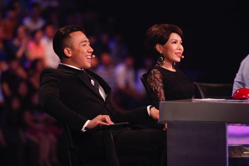 hari won mac loi hat live - tran thanh van mim cuoi, say sua ngam - 17