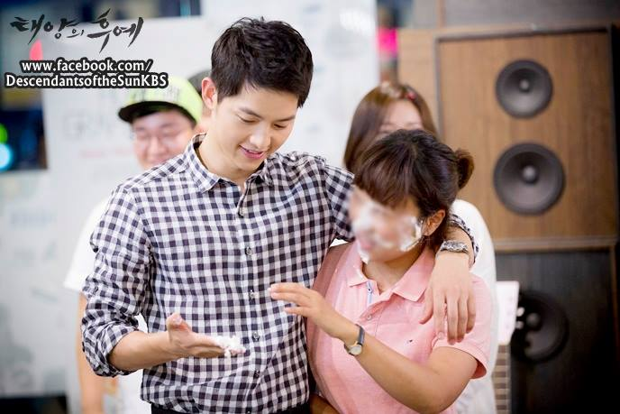 "10 ly do khien ban ""khong the khong yeu"" song joong ki - 11"