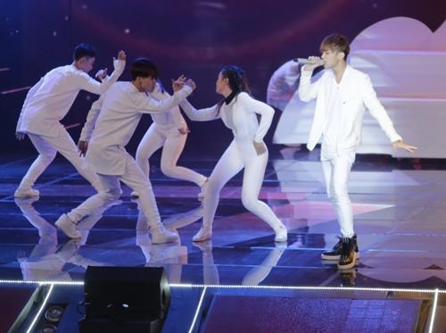 "the remix 2016: noo phuoc thinh ""at via"" huong tram, maya - 2"