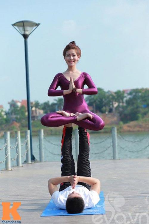 hot girl xinh dep khoi han benh soi than nho yoga - 9