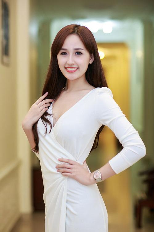 mai phuong thuy thay doi khong ngo sau 10 nam dang quang - 7