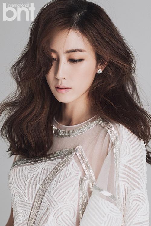 "do nhan sac 4 my nhan khien song joong ki ""phai long"" - 5"