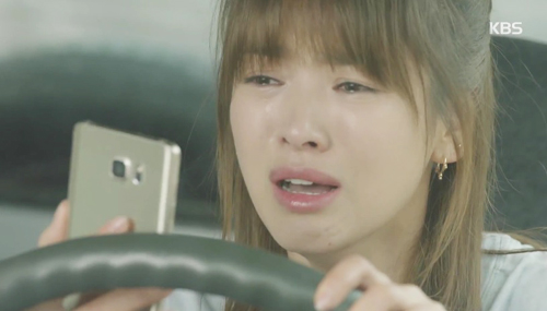 song hye kyo phat nguong vi bi lat tay chuyen yeu song joong ki - 1