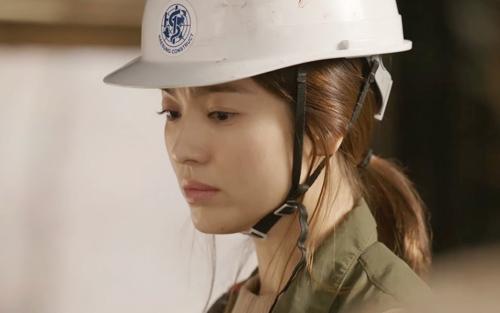 song hye kyo phat nguong vi bi lat tay chuyen yeu song joong ki - 7
