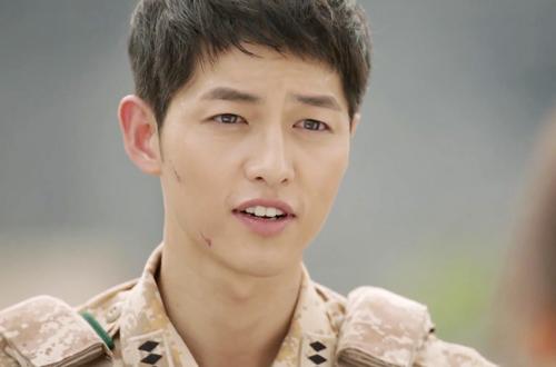 song hye kyo phat nguong vi bi lat tay chuyen yeu song joong ki - 10
