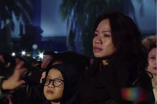 """trich doan rong choi: hau phuong """"truyen lua"""" suot cuoc doi tran lap - 1"""