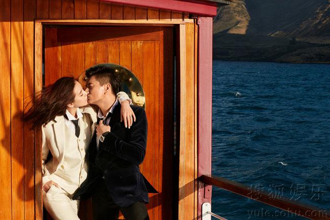 Ngô Kỳ Long và Lưu Thi Thi tiếp tục tục ra những bức hình cưới khiến cư dân mạng dậy sóng.