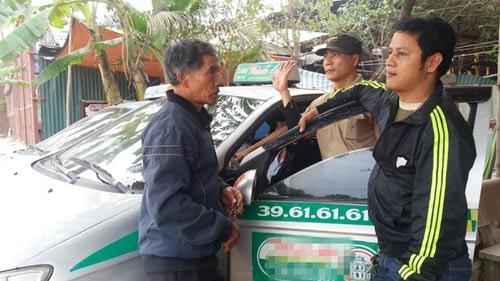 "tai xe taxi chuyen cho 'ma': phat hoang vi khach bi ""vong nhap"" - 1"
