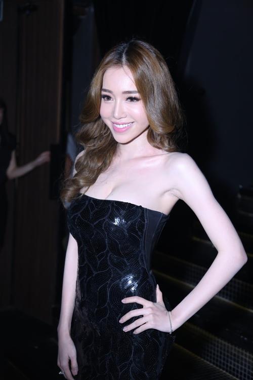 vo chong le thuy dien ao doi tinh cam di su kien - 3